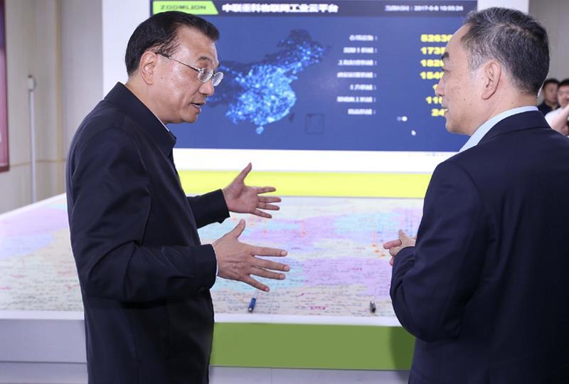 挖掘机告诉你中国经济活力有多强!