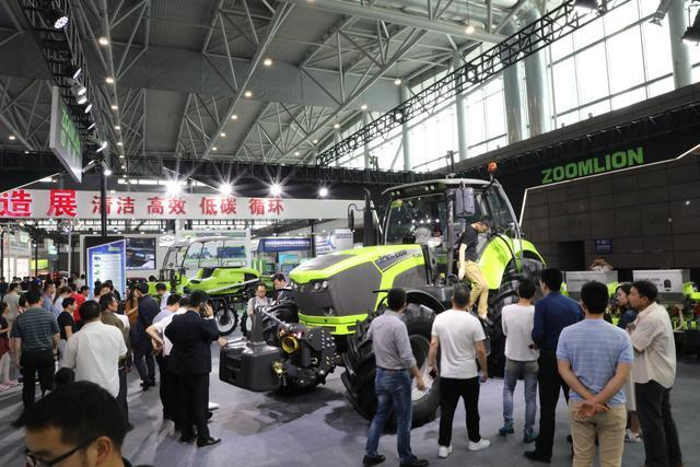 中联重科携高端农机亮相2018世界制造业大会