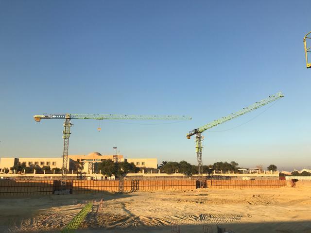 中国制造海外再亮相4.0塔机助建科威特国家重点工程