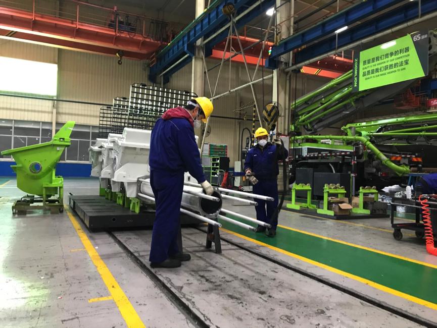 《经济日报》:2月份PMI数据显示,我国制造业和非制造业运行明显放缓——经济指标有望恢复性增长